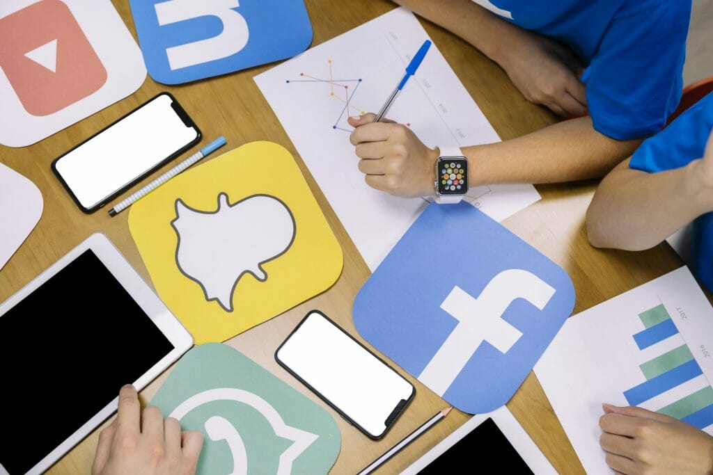 كيفية ادارة صفحات السوشيال ميديا ..طرق ادارة مواقع التواصل الاجتماعي