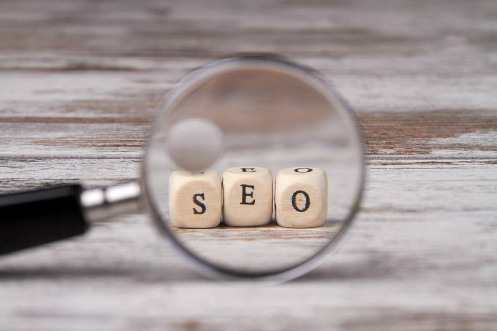 استخدام خدمات سيو seo في التسويق الإلكتروني